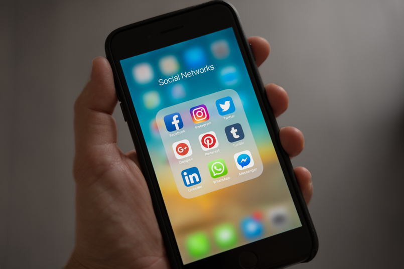social media apps on smart phone